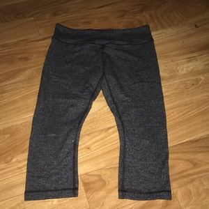Lululemon wunder under knit crops.